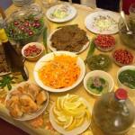 Quand un apéro dînatoire est préparé par nos stagiaires afin d'accueillir les voisins pour une dégustation, voilà à quoi ça ressemble : quantité et qualité !